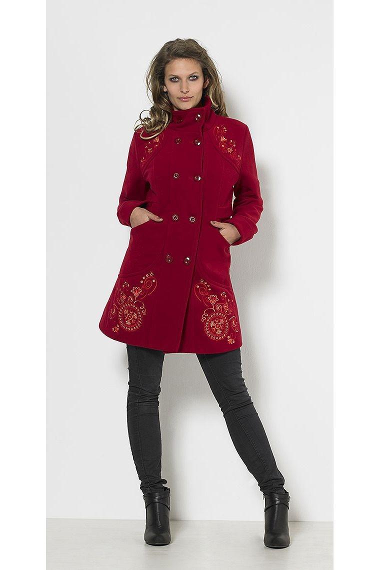 un manteau pour femme original avec 2 rang es de boutons. Black Bedroom Furniture Sets. Home Design Ideas