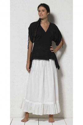 Jupon blanc léger doublé avec un fond de robe