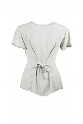Blusa ligera bordado romántico SW