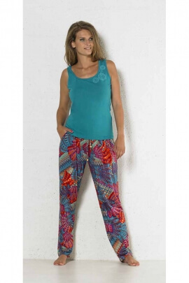 fluid and casual pants printed