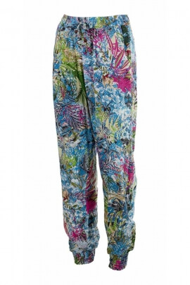 Viscose carrot pants, printed garden