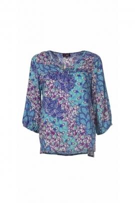 fluid light blouse, ¾ sleeves, printed flowers, pastel