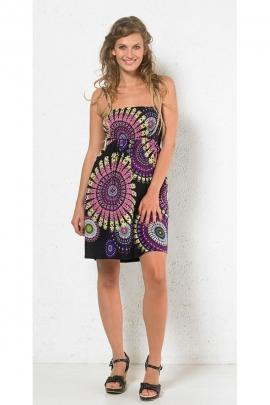 Mini robe d'été imprimée, style ethnique avec un haut élastiqué en viscose