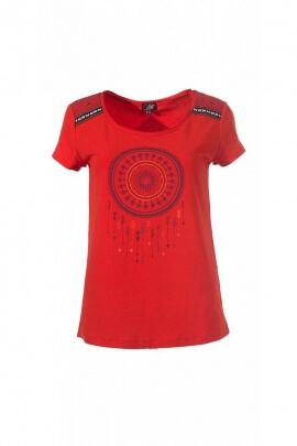 Casual and colorful T-shirt, pattern dream catcher Indian decor on shoulders