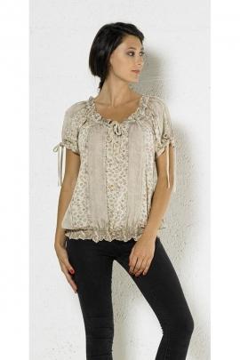 Blusa bordada original y romántico, piedra de lavar con encaje en las mangas y el cuello