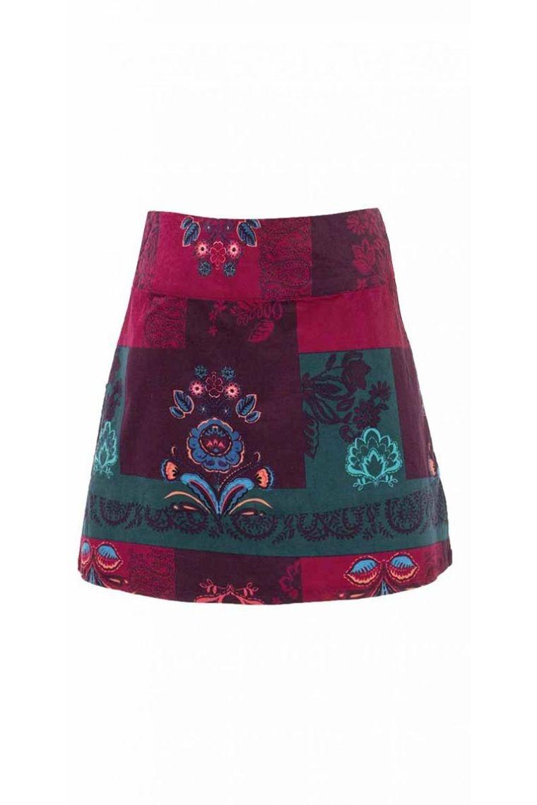 6b29ae2e1 Falda corta de terciopelo, y el colorido y hippie chic ras impreso colgando  Castellana Talla S Color Burdeos
