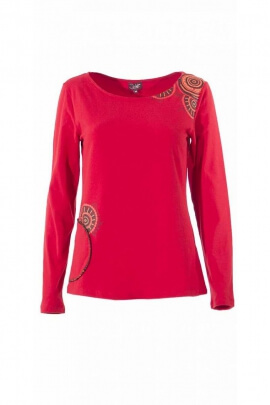 T-shirt with long sleeves, side pockets, mandala pattern on the shoulder