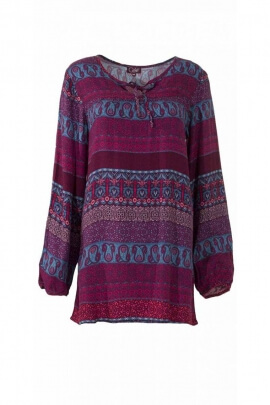 Hippie chic tunic with long sleeves, fluid, light and casual