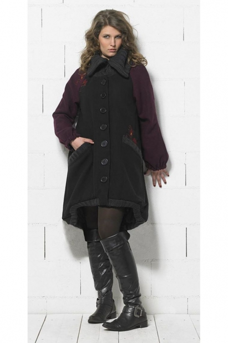 Manteau long bicolore, style original, avec broderies au dos