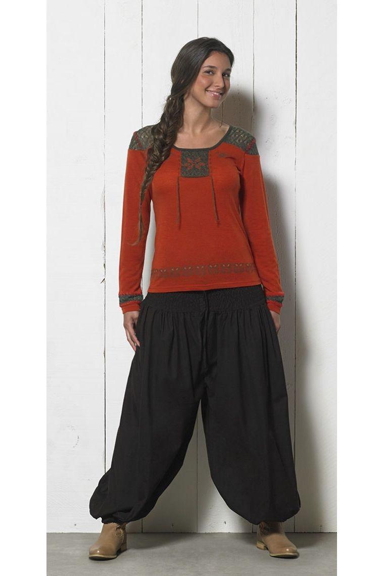 Tee-shirt look amérindien, manches longues, détails brodés et crochetés