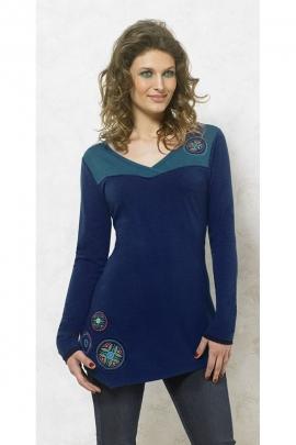 Tunic asymmetrical, chic and casual, neckline cache coeur, patch escutcheon