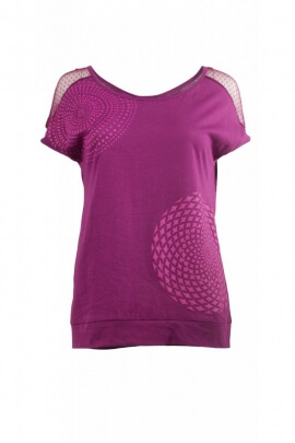 T-shirt in cotton, with short sleeves and round neck, fine lace to the shoulders