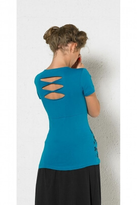 T-shirt ethnic casual shirring in front and slit on the back, original pattern