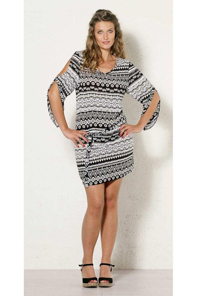 Robe Tunique Charleston Decontractee Motif Original Et Colore En Noir Et Blanc