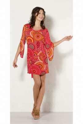 Robe tunique hippie chic, manches biseautées et motifs mandalas indiens