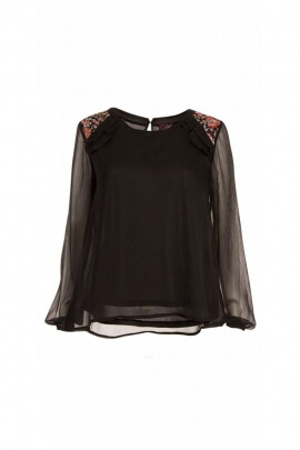 Blouse in chiffon for evening, chic and original with touches of sail