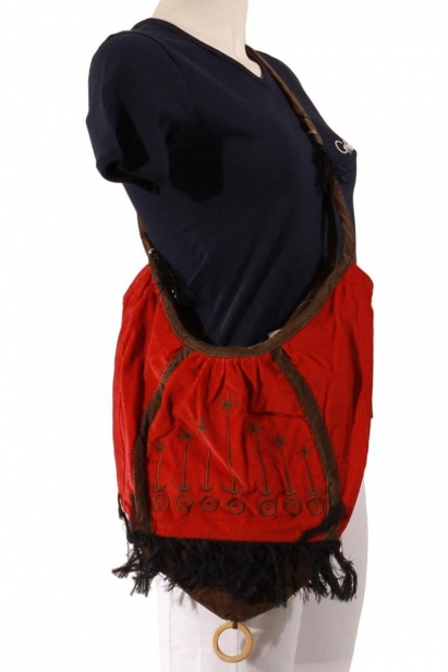 Bag, sack, velvet, cotton, embroidered and lined with polyester, with fringe