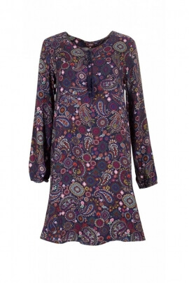 Dress bohemian and hippy chic with wide-cut, printed indian kashmir