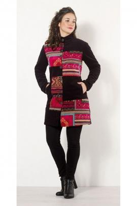 Manteau mi-long original et chic, en patchwork coloré, finition en velours