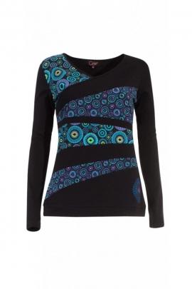 Camiseta de mujer de patchwork asimétrica y colorido patrón