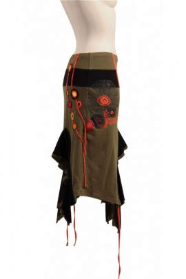 Skirt is very original and hippie-chic, bohemian-style effect rock teuf