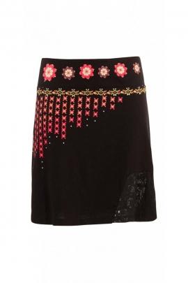 Jupe courte originale et colorée, style indien et bohème
