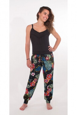 Pants, casual and practical, style is very feminine, printed Bora