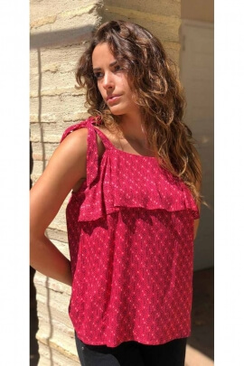 Lightweight Top with spaghetti straps and ruffled, printed hippie chic colorful