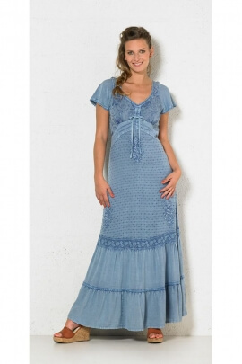 Dress ethnic long embroidered, laces on the bust, cache-coeur, and stone wash