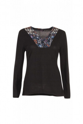 T-shirt with long sleeves for the winter, neckline V-neck faux-double, patterned style native american