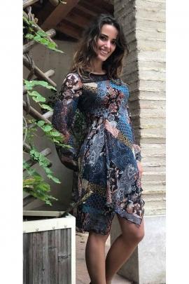 Robe originale imprimée et colorée, manches longues, base asymétrique