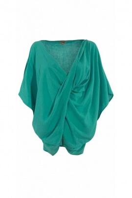 Loose top and cross poncho style
