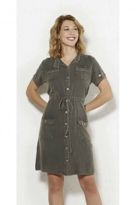 Dress in stone wash 100% viscose, shirt look and small collar