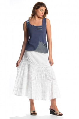 Romantic embroidered cotton skirt lined