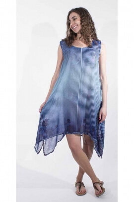 Fine polyester dress with short sleeves, oriental print