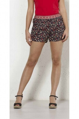 Ideal shorts for summer in polyester very fresh and comfortable to wear