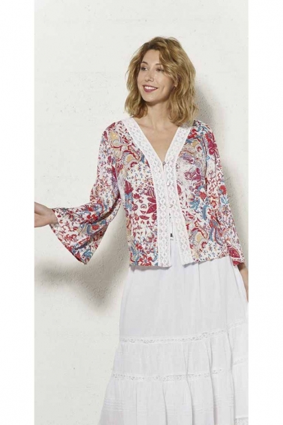 Viscose jacket printed with small finely colored flowers