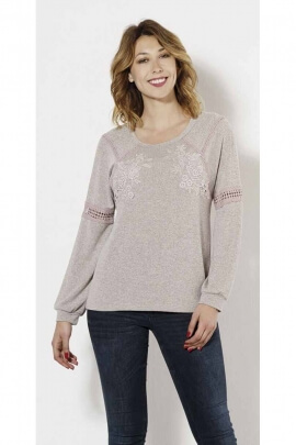 Chic and trendy fine knit sweater